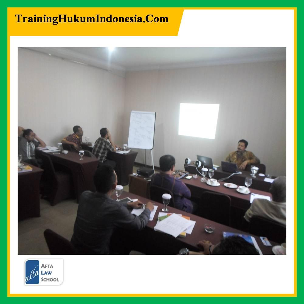 Pelatihan Hukum Pertambangan