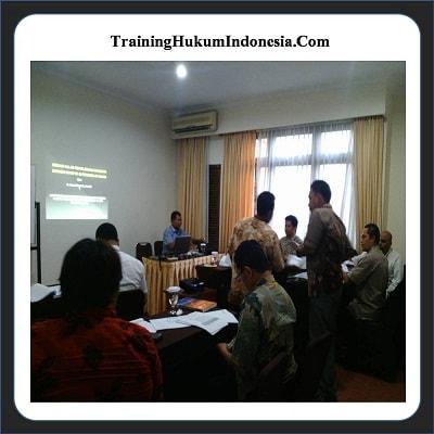 Training Hukum Perusahan